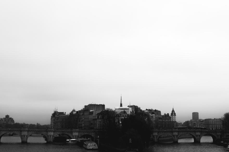 Paris Pond des Arts